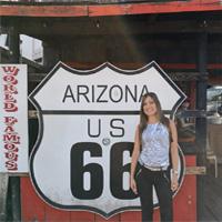 Foto Alicia en el Oeste