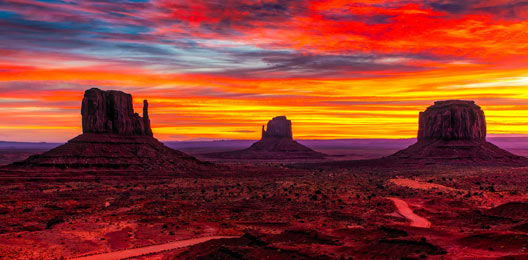 Anochecer en Monument Valley