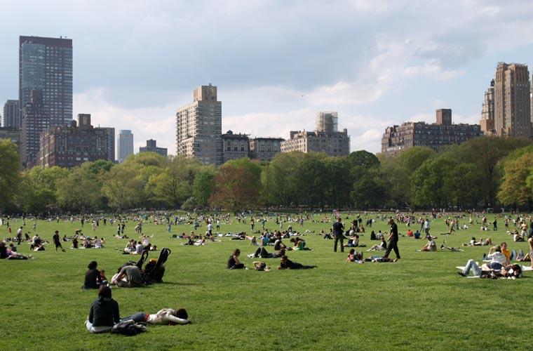 gente en Central Park