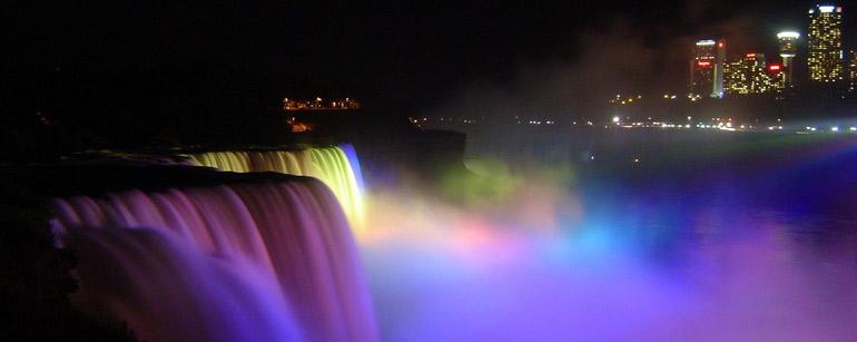 Iluminación de las Cataratas del Niágara